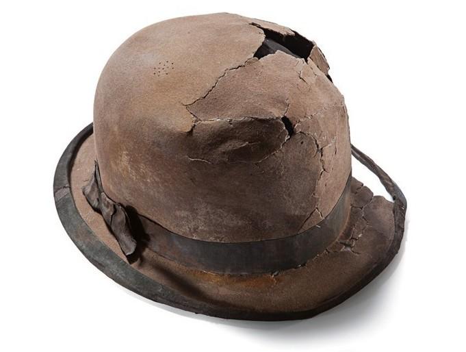Фетровий капелюх піднятий з «Титаніка»