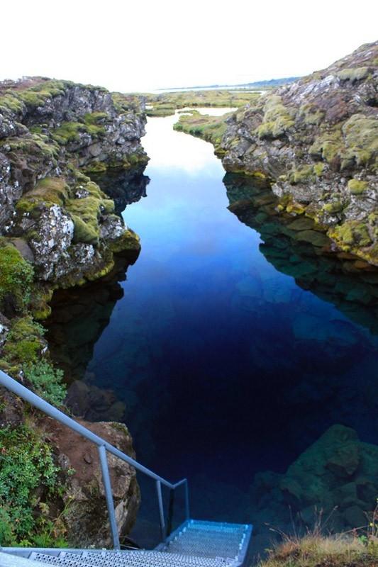 Спуск в ущелину Сільфра
