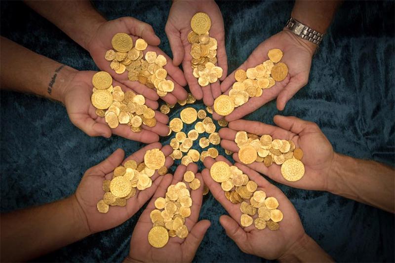 Золото іспанських галеоонів